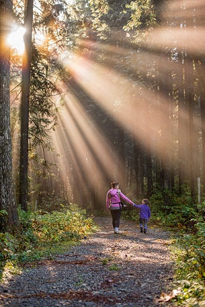 how to raise your kids to love hiking