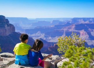 raise kids love hiking
